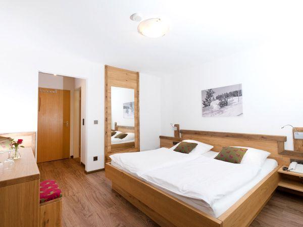 Zimmer Nr. 6 für 2-3 Personen (bequemes Doppelbett)