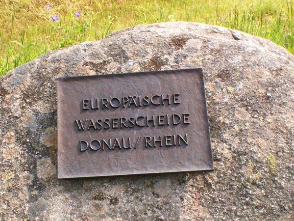 Europäische Wasserscheide Donau-Rhein