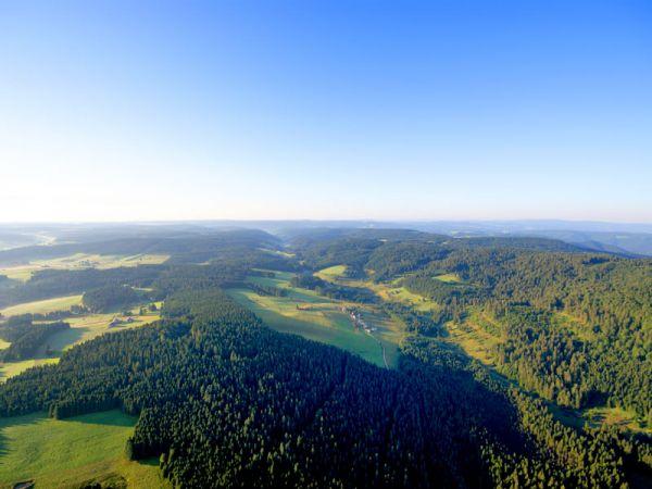 Über den Wolken! Einmalige Aussicht über den Schwarzwald bei der Ballonfahrt