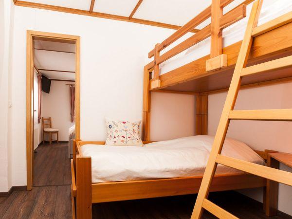 Unser Familienzimmer Nr. 1 für 4 Personen mit Etagenbett für 2 Personen
