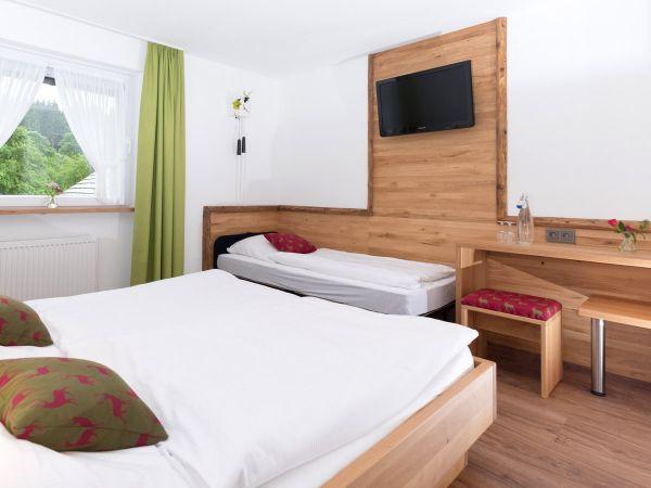 Das Dreibettzimmer Nr. 6 – ideal für Familien mit Kind