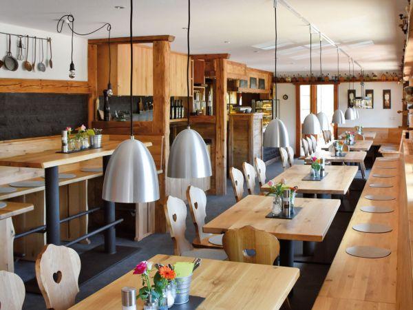 Genießen Sie unsere Speisen in einem schönen Ambiente
