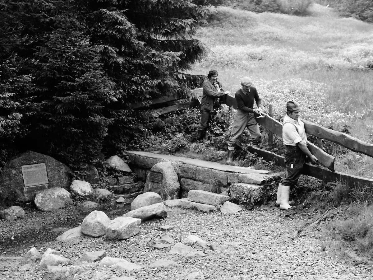 Reparatur der Donauquelle im Jahr 1982
