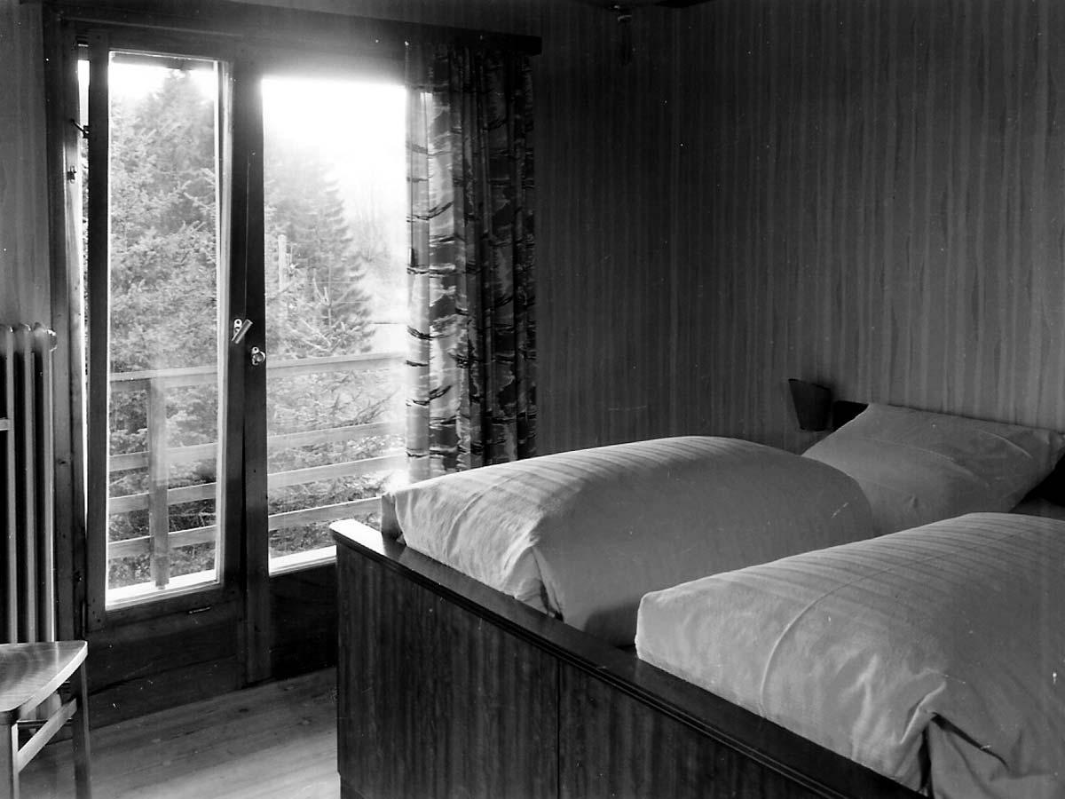 1957: Die Gästezimmer beim Bau des Hauses